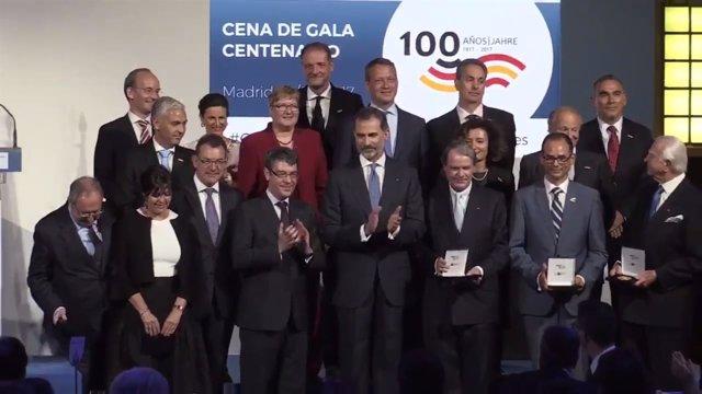 El Rey preside la cena del centenario de la Cámara de Comercio Alemana en España