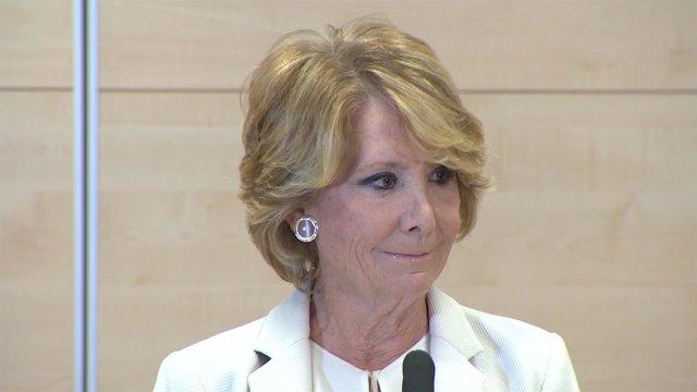 Esperanza Aguirre dimite de sus cargos