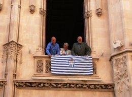 Bandera Atlètic Balears en el Consell de Mallorca