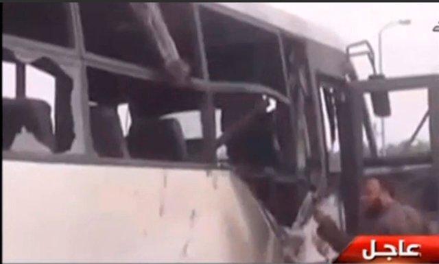 Al menos 26 muertos en un ataque contra cristianos coptos en el centro de Egipto