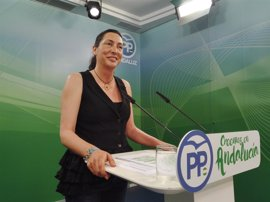 "PP-A no se cree el fin del ""susanismo"": La presidenta de la Junta ""sigue de fontanera en Ferraz"""