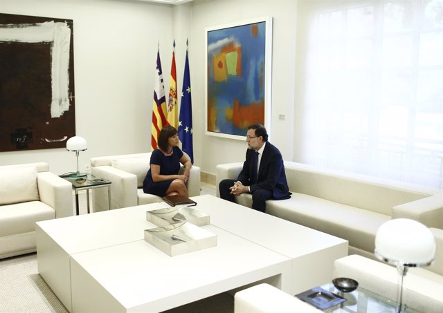 Mariano Rajoy y Francina Armengol Socías