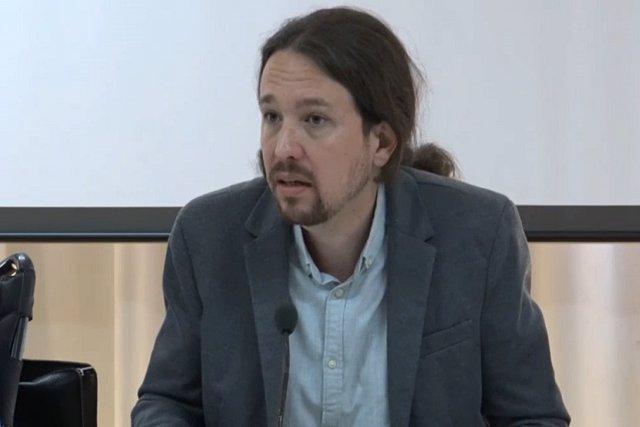"""Iglesias admite los """"enormes riesgos"""" de la moción de censura"""