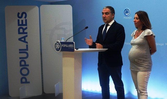 Bendodo PP de Málaga presidente junto a la secretaria general PP Patri Navarro