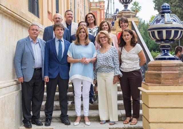 Susana Díaz presenta al sector la nueva Ley del Voluntariado