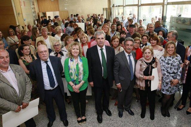 13:00Gobierno De Cantabria El Presidente De Cantabria, Miguel Ángel Revilla, Y