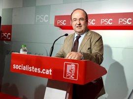 """Iceta pide en un vídeo menos """"cartitas"""" y más reuniones de Puigdemont y Rajoy"""