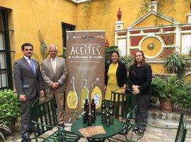 Hoteles de Sevilla obsequian este fin de semana a sus clientes con aceite de oliva de la provincia