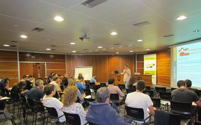 Jornadas  Sobre Uso De Redes Sociales Para Entrenadores.
