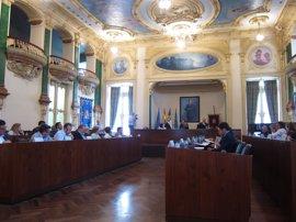 La Diputación de Badajoz se suma a la petición de la Medalla de Extremadura para el colegio San José de Villafranca