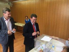 """Rico ve """"tranquilo"""" a Herrera al comprobar la materialización de sus proyectos autonómicos"""