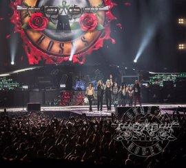 La organización del concierto de Guns n' Roses pide acudir con antelación a San Mamés y usar transporte público