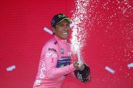 """Quintana: """"Tenemos esta maglia rosa y confío en que nos sabremos defender bien"""""""