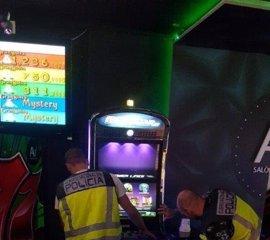 Cuatro arrestados por forzar máquinas de juego en Elche con descargas eléctricas