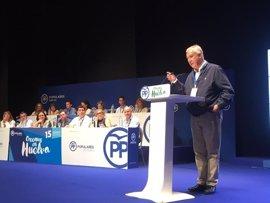 """Arenas pide a Pedro Sánchez que """"no Podemice"""" al PSOE y que """"no juegue con la unidad de España"""""""