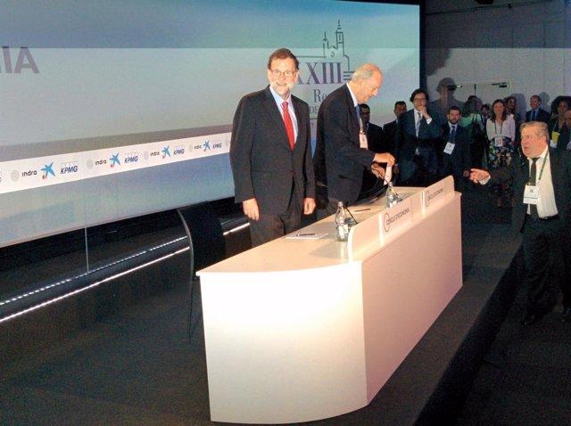 Mariano Rajoy y Juan José Brugera en la XXXIII Jornada del Círculo de Economía