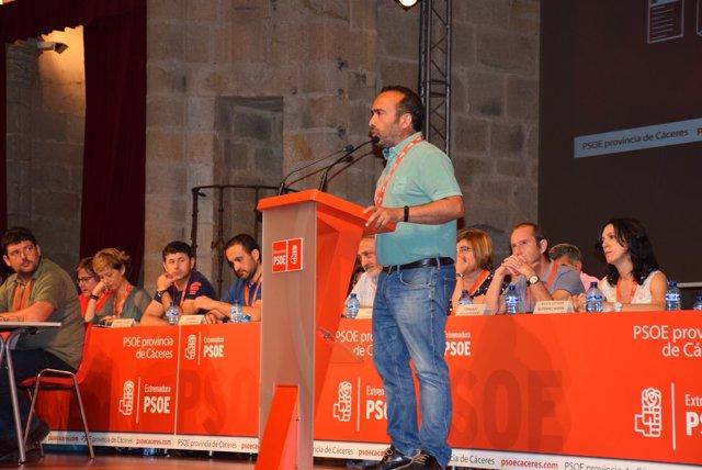 Miguel Ángel Morales, en el congresillo en Cáceres
