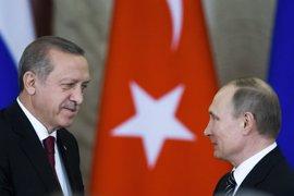 Putin y Erdogan pactan un incremento de la coordinación en Siria