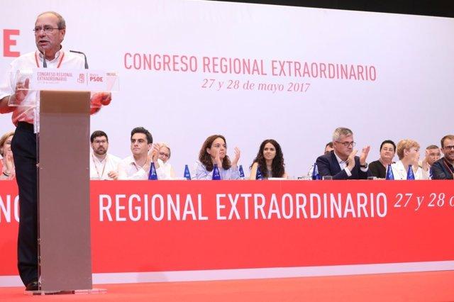 PSOE-M toma como referencia el documento de Sánchez