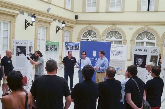Recepción oficial de los participantes en el I Festival 'En Clave de Sol'