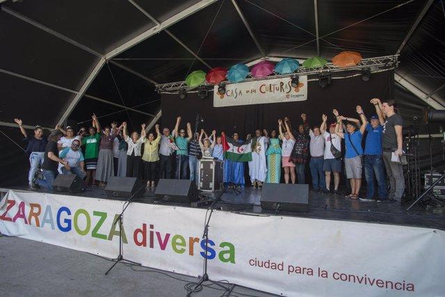 Feria de Zaragoza Diversa en la plaza del Pilar.