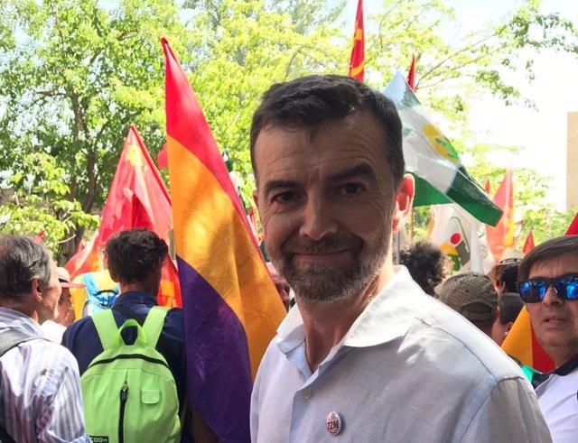 El coordinador general de IULV-CA, Antonio Maíllo, en la Marcha por la Dignidad