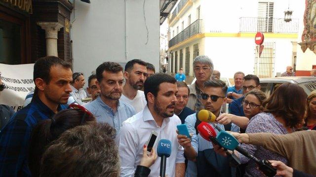 El coordinador general de IU, Alberto Garzón, en declaraciones en Sevilla