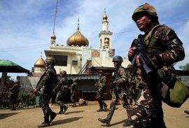 Los muertos en Marawi rebasan el centenar mientras el Ejército filipino intensifica su ofensiva