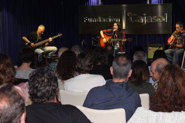 El grupo La Señal toca en la Fundación Cajasol.