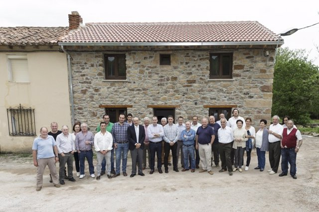 Inauguración de la rehabilitación de la Casa del Pastor en Valdeolea