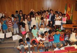 Más de 1.300 niños saharauis volverán a Andalucía en 2017 con el programa 'Vacaciones en paz'