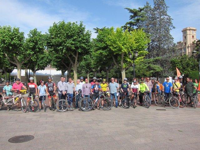 Concentración Ciclistas Por Una Ley Justa En Logroño
