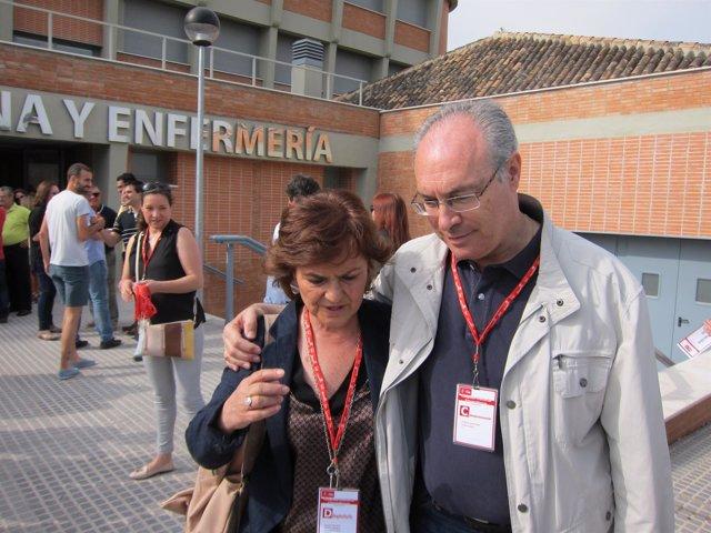 Juan Pablo Durán y Carmen Calvo hablan antes del congreso