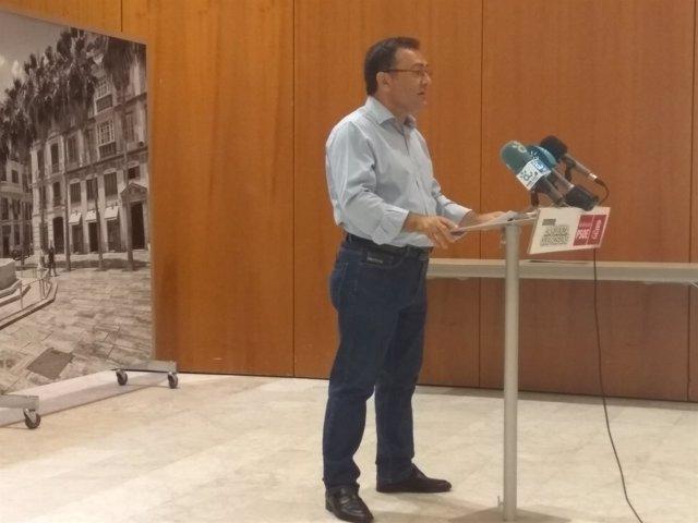 Miguel Angel Heredia PSOE Málaga secretario general gurpo socialista congreso