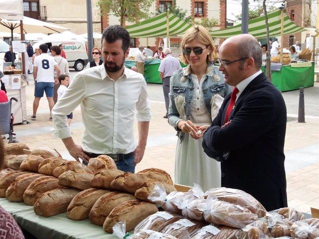 Palencia.- Tudanca, en la feria del pan de Grijota