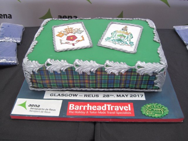 Pastel con los escudos de Reus (Tarragona) y Glasgow (Reino Unido)
