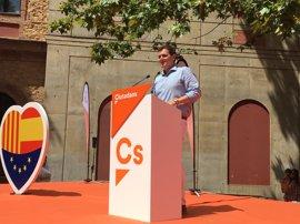 """Rivera pide elecciones en Catalunya para dar """"una patada democrática"""" al independentismo"""