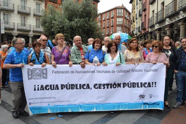 Valladolid. Manifestación por la remunicipalización del agua