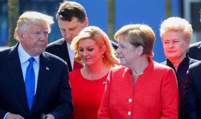 Angela Merkel y Donadl Trump en la cumbre de la OTAN