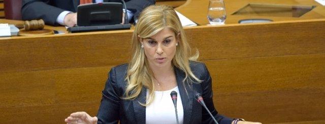 Eva Ortiz durante una de sus intervenciones en las Corts