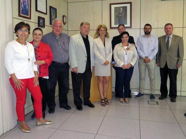 Visita de la número 2 del Ingesa a centro de salud de Melilla