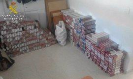 Sucesos.- La Guardia Civil interviene a un vecino de Osuna 3.958 cajetillas de tabaco de contrabando