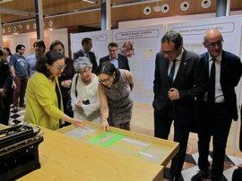La familia Reparaz cede un fondo documental recuperado de Salamanca al Institut Cartogràfic