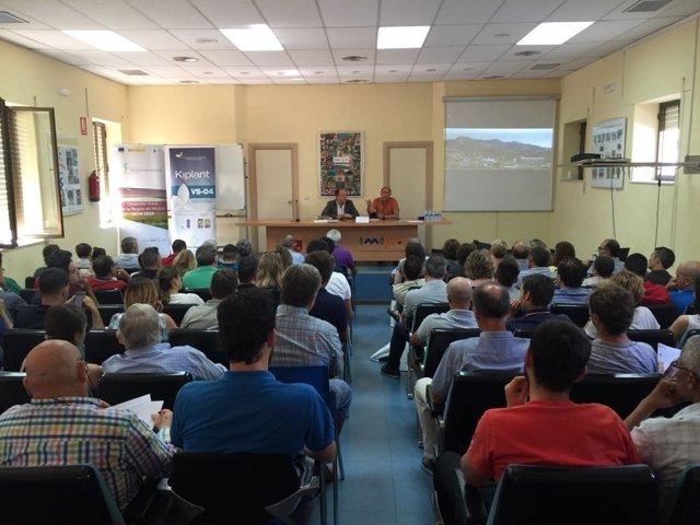 Asistentes a la Jornada técnica sobre agricultura ecológica celebrada en Imida