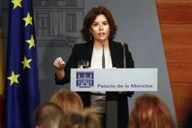 Santamaría ve clima preelectoral en Cataluña con Puigdemont usando el proceso pendiente de unos futuros comicios