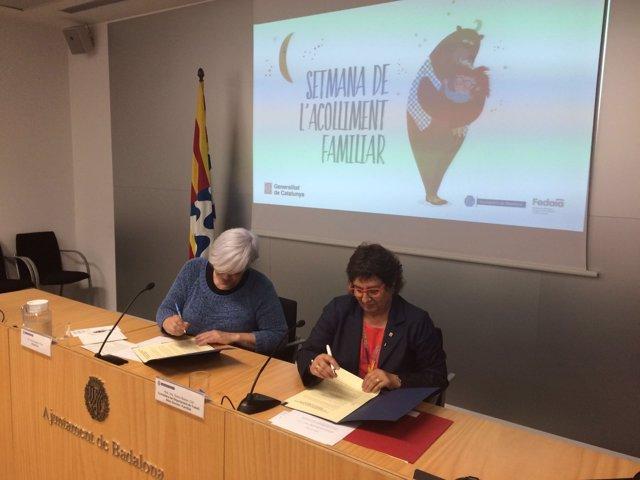 La alcaldesa de Badalona D.Sabaté y la consellera D.Bassa