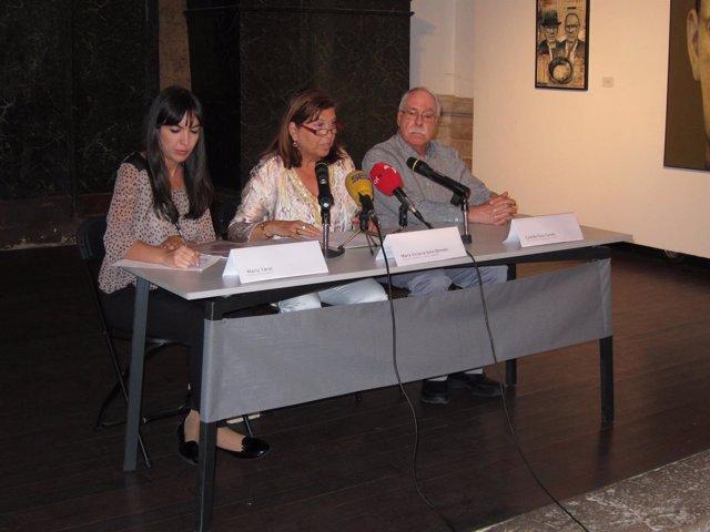 De izquierda a derecha: María Toral, Victoria Soto y Cela Conde