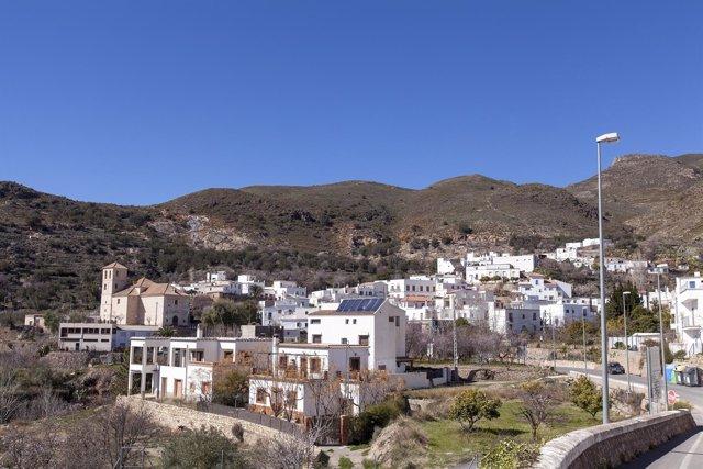 Beires, en la Alpujarra, es uno de los pueblos más pequeños de Almería.