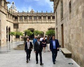 Puigdemont y los partidos soberanistas se reúnen para concretar el referéndum