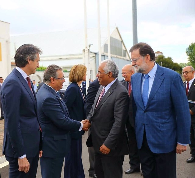 Zoido en la 29 Cumbre Hispano-Lusa en Vila Real (Portugal)